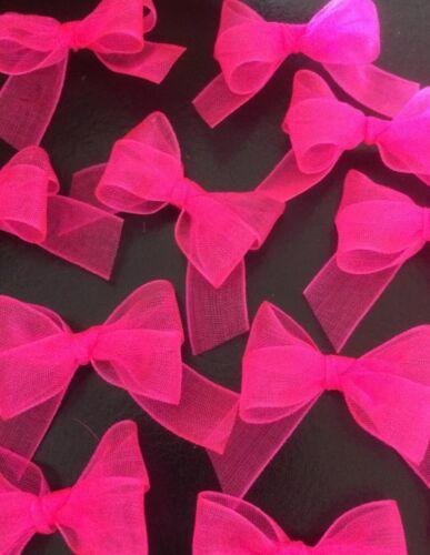 15 Small 3cm Neon Pink Organza Bows// Card Making//Decoration//Cupcakes