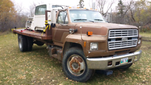 Ford F8000 For sale