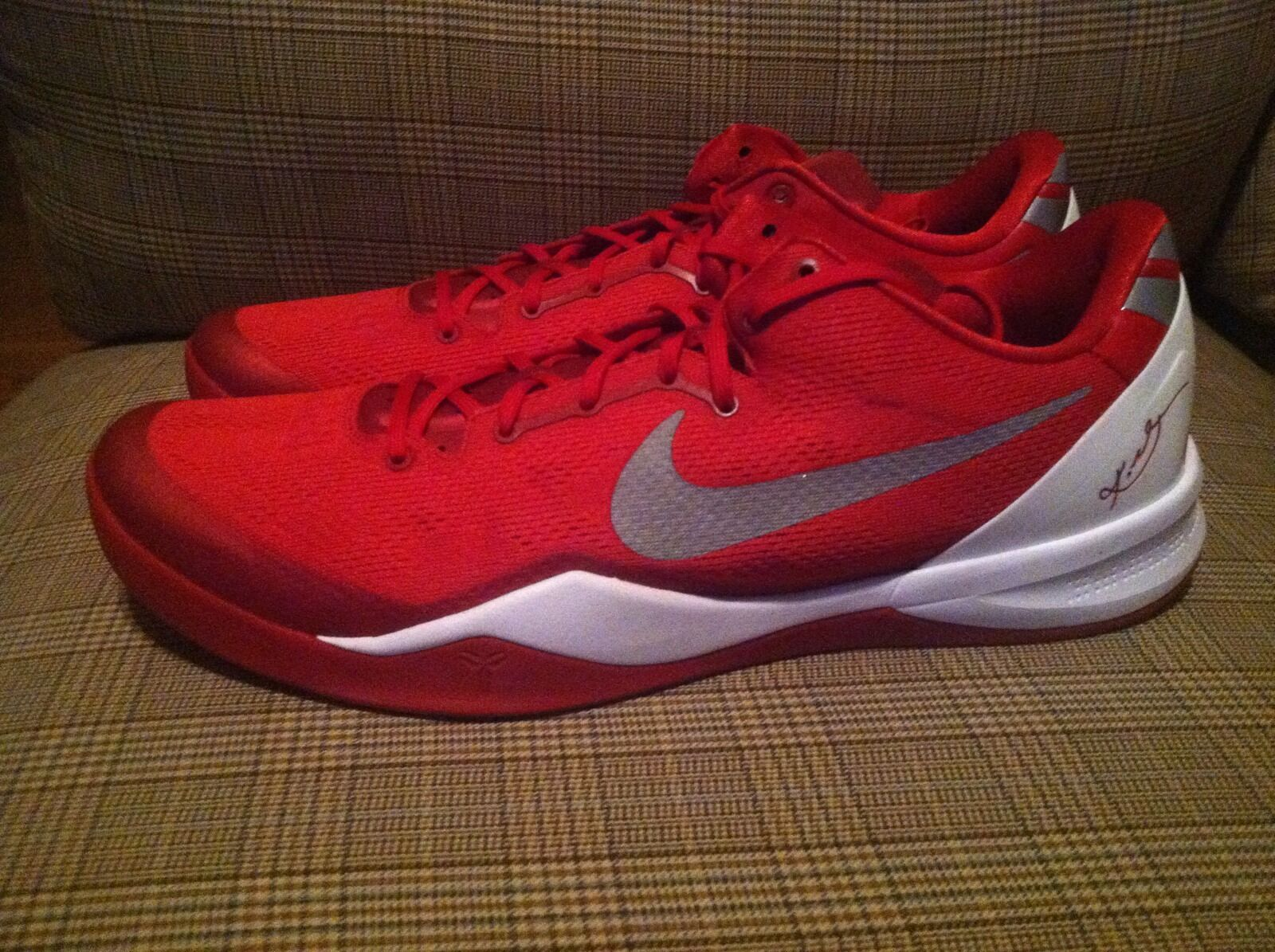 DS DS DS Nike Kobe 8 System TB Red Kobe Bryant Basketball Shoes Size 17.5 a79161