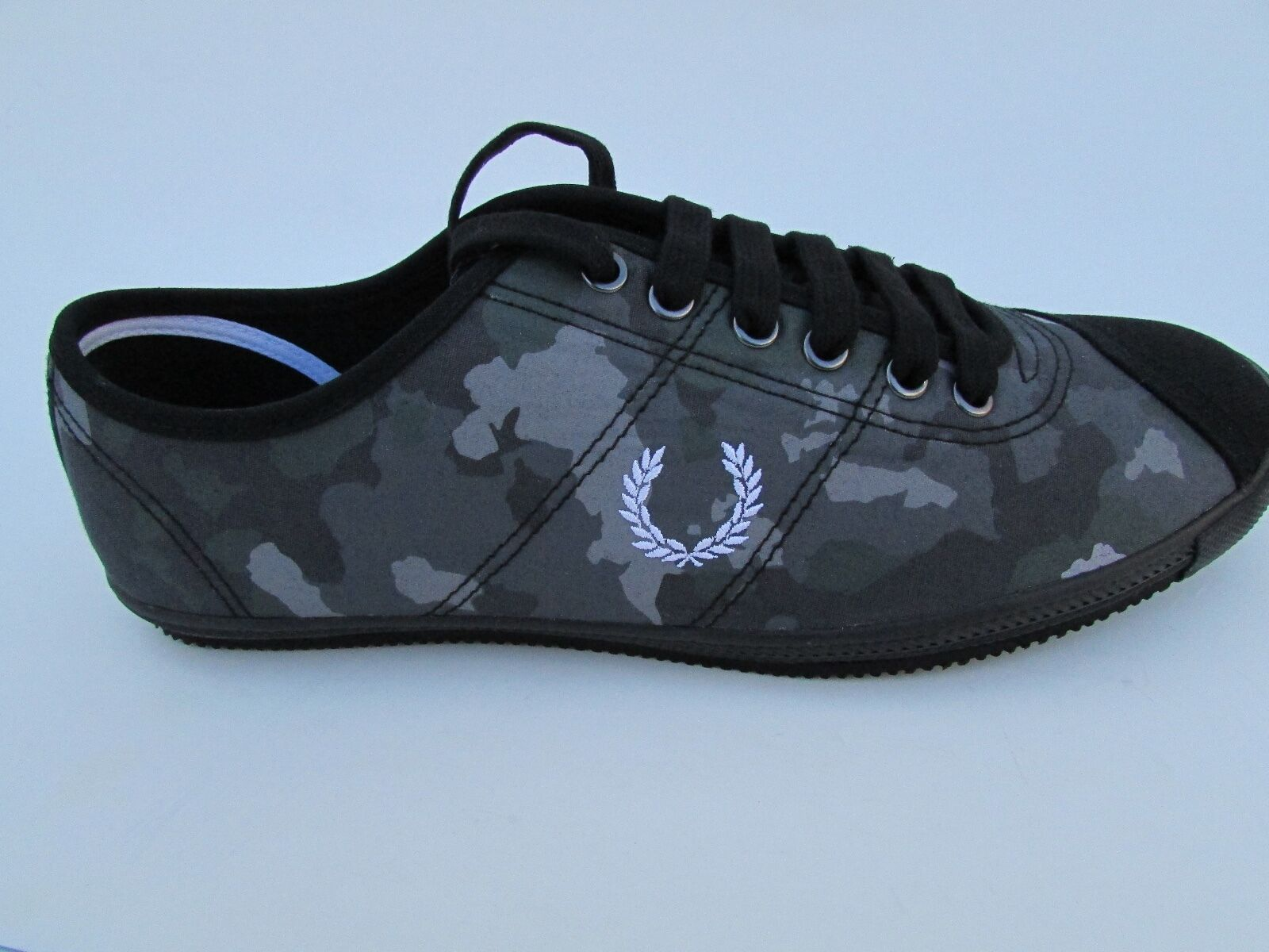 FRED PERRY TABLE TENNIS CAMO PRINT FASHION SNEAKERS B3259/ANTHRACITE