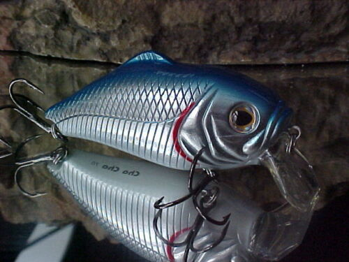 Discontinued River2Sea Shallow Less than 1 foot Color Chrome//Blue Bass//Pike