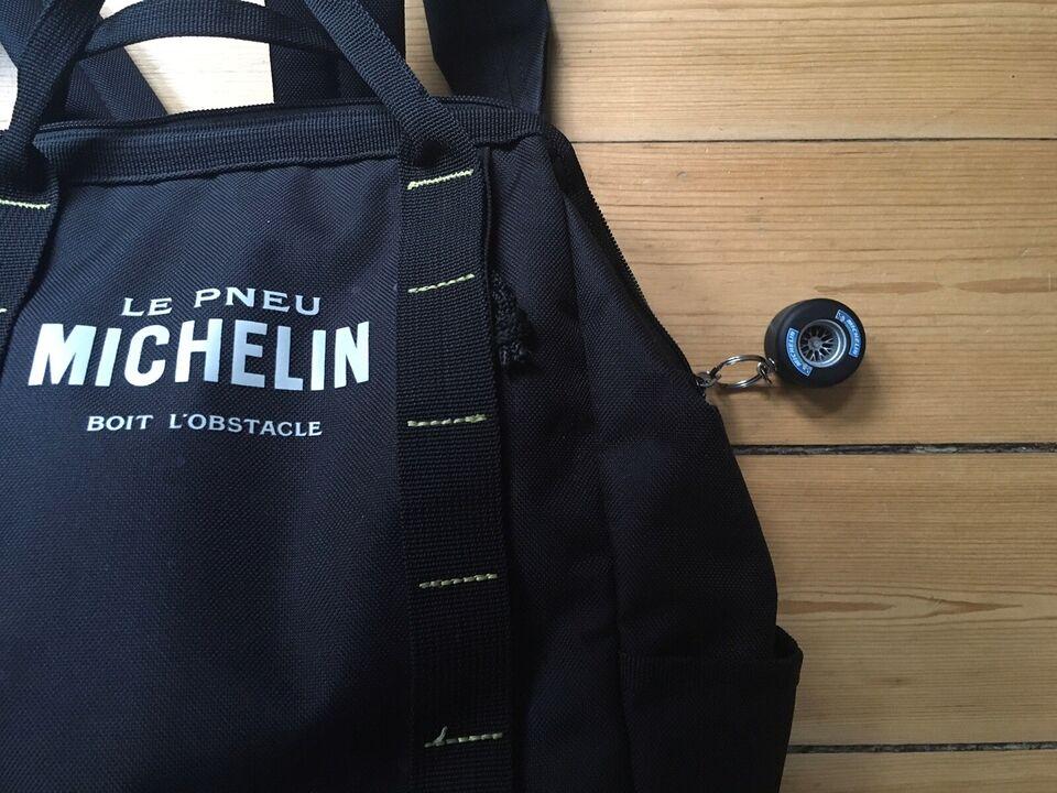 Andet, Michelin , b: 23 l: 13 h: 33