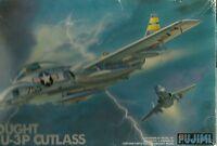 1/72 VOUGHT F7U-3P CUTLASS by FUJIMI