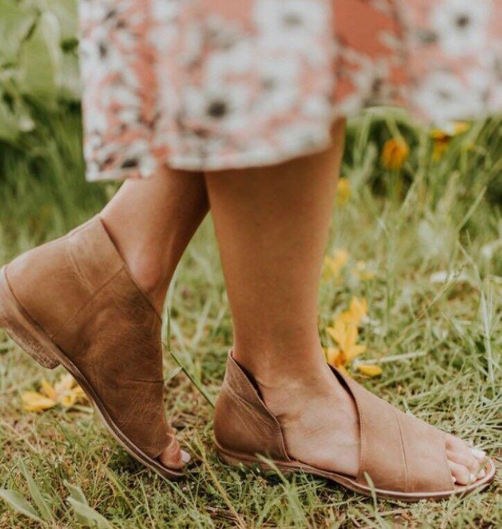 Free People  MONT BLANC  asymétrique en cuir sandale taille 39.5EU 9.5US Marron