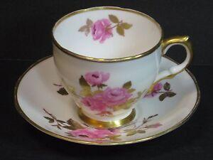 SALISBURY-BONE-CHINA-DIJON-TEA-CUP-amp-SAUCER-ROSES-w-GOLD-England-Vintage