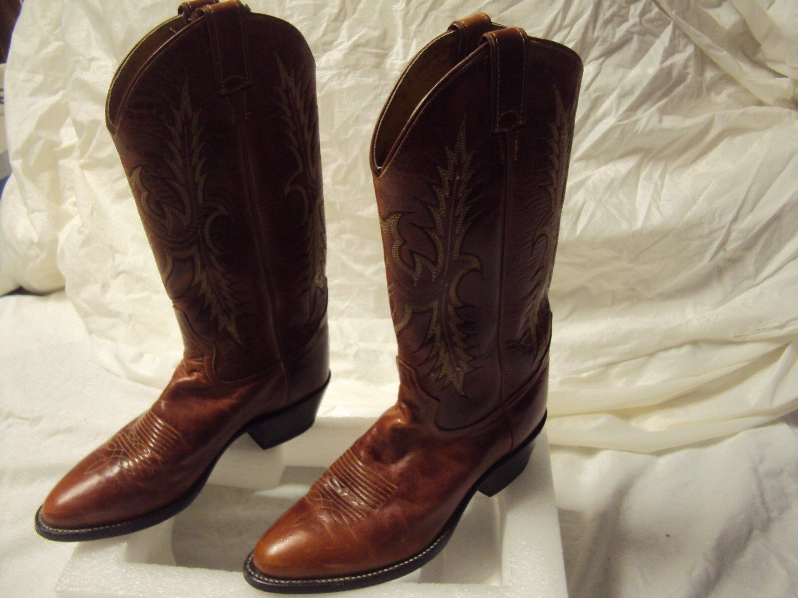 Nine West Cowboy Boots Ladies Stitched Adult Adult Adult Size 6.5 M Width Pre-owned 6b0337