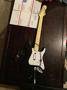 Xbox-360-Fender-Stratocaster-Wired-Rock-Band-Guitar-Hero-Controller