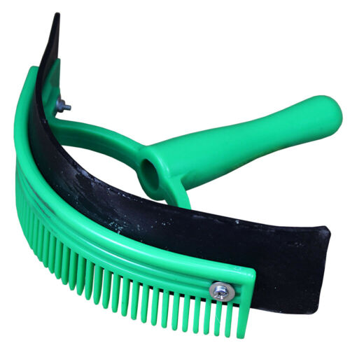 Hilason Deluxe Horse Sweat Scraper With Comb Brush Grooming Green U-32GR