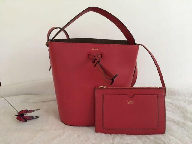 Furla Vittoria Bucket Bag 348 Color Ruby