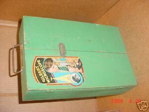 Vintage-Gilbert-Microscope-w-slides-tube-Green-Wood-Cs