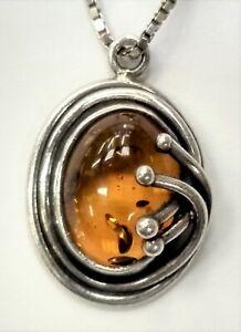 Vintage-Baltic-Amber-Sterling-Silver-Pendant-Leaf-amp-Vine-925