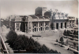 1951-cartolina-Milano-Stazione-Centrale-con-Tram-edizione-MLM-fotocelere-foto