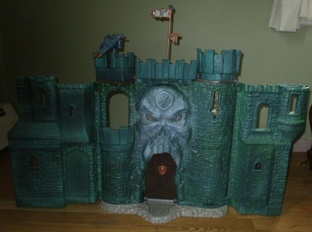 MOTU He-Man Masters of the Universe CASTLE grauSKULL & Some Accessories