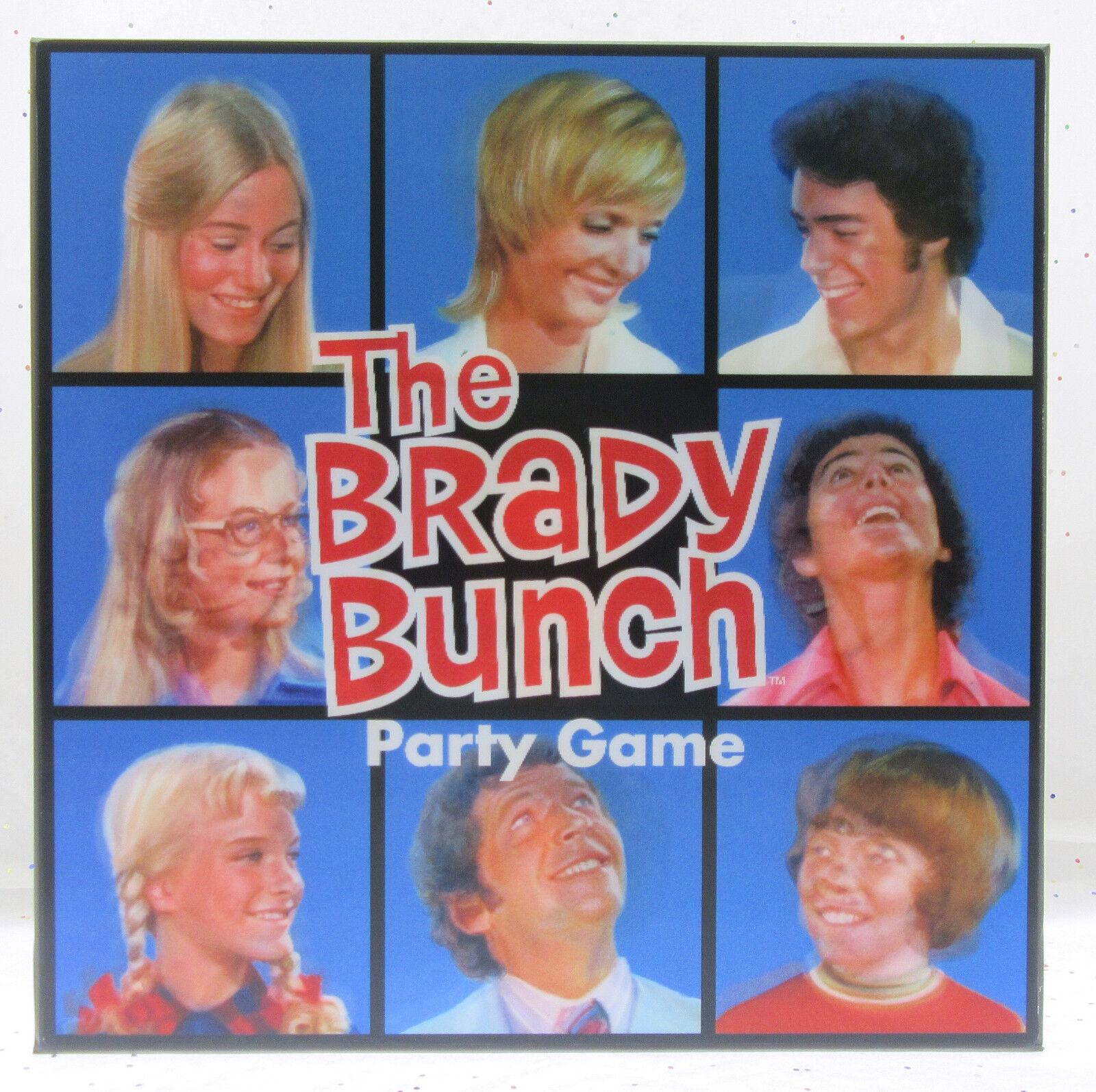 The Brady Bunch  Party Game  3D Box  Prospero Hall  Nostalgic Toy