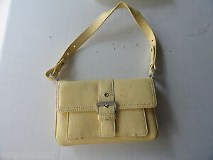 Small-Light-Yellow-Buckled-Talbots-Ladies-Leather-Purse