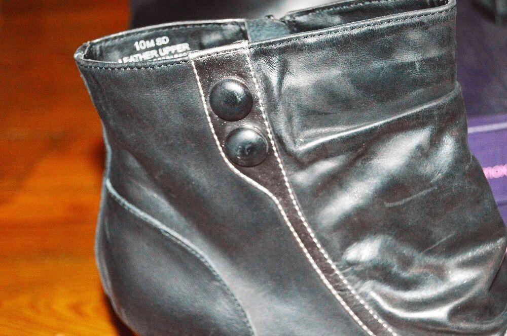 NIB MOJO MOXY HELMSLEY LEATHER BLACK & SILVER SIDE ZIP ANKLE BOOTS 10 HALLOWEEN