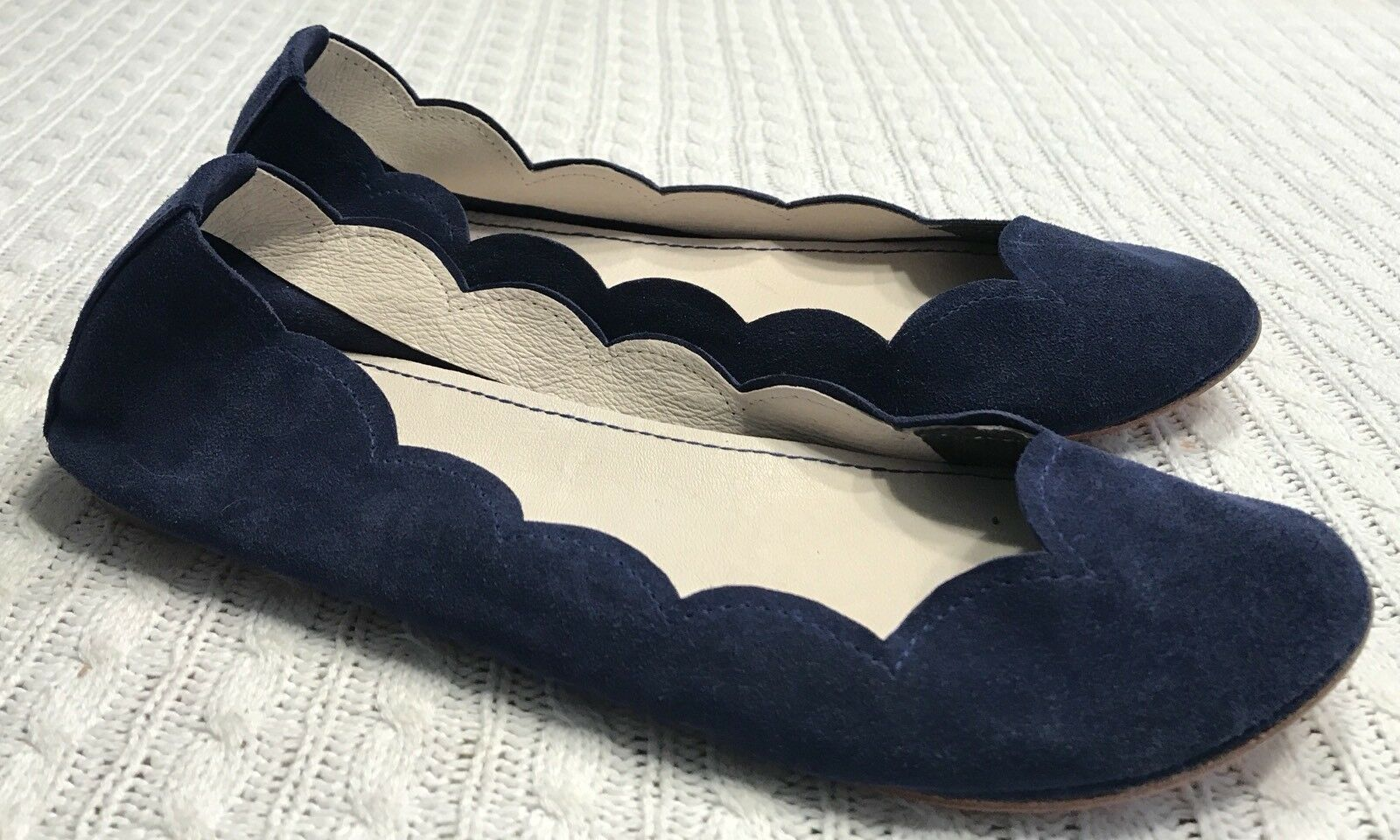 Women's 39 ele Hand Made Hand Crafted Scalloped Italian Leather Ballet Flats NEW