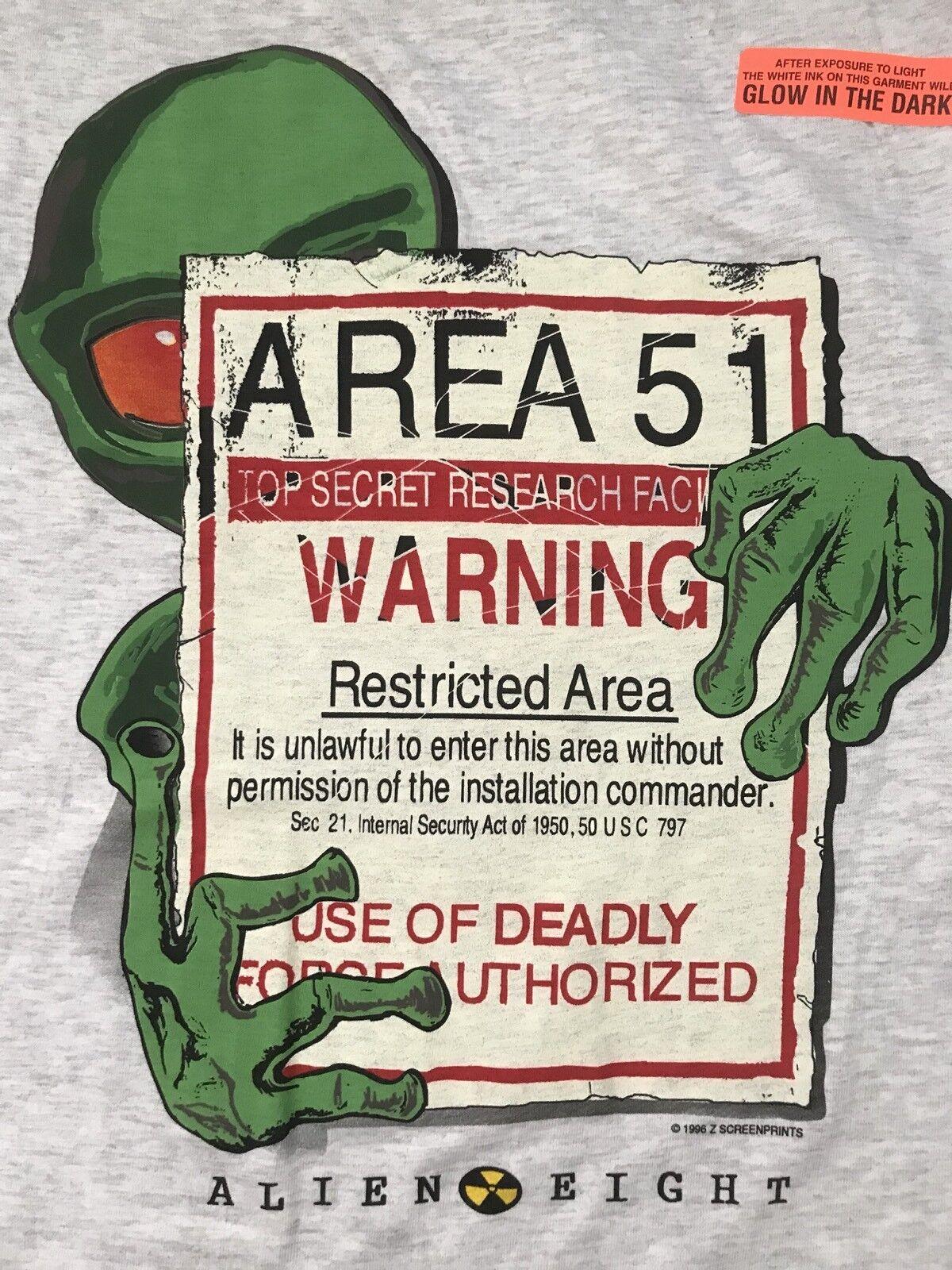 UFO vtg 1996 ALIEN EIGHT AREA 51 Top Secret Warning Deadly GLOW DARK T-SHIRT L