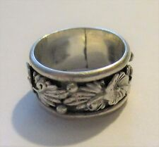 NAVAJO HERBERT TSOSIE STERLING SILVER FEATHER SQUASH BLOSSOM RING SIZE 7