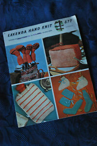 Vintage-Knitting-Pattern-Water-Bottle-Cover-Tea-Cosy-Golf-Club-Covers