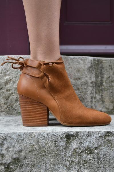 H By Hudson Hellbraun Beige Minka Lederkrawatte Knöchelriemen Schuhe Stiefel
