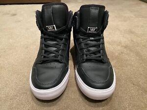 Supra Vaider Skate Shoes Black / White