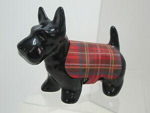 Wonderful-Vintage-Black-Scottie-Dog-Figurine-With-Plaid-Vest-Glossy-EUC