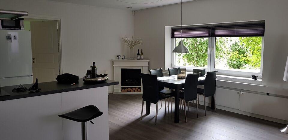 9310 2 vær. lejlighed, 70 m2, A/C forbrug pr mdr 1500