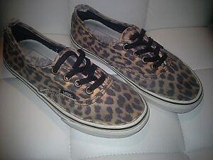 6b5cc40e1a7b9b Vans-Van Doren-Unisex-Leopard Print Black-Classic-Shoes-Size Men s 4 ...