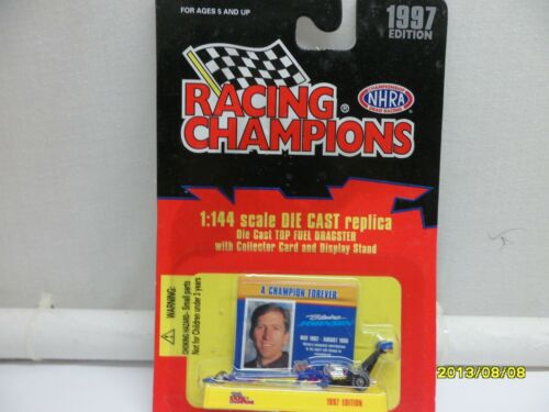 BLAINE JOHNSON TRAVERS  NHRA TOP FUEL DRAGSTER  1//144 SCALE  CAR ON CARD #1 B369