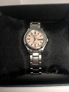 Seiko-851317-Unisex-Silver-Stainless-Steel-Analog-Dial-Quartz-Genuine-Watch-ZK23