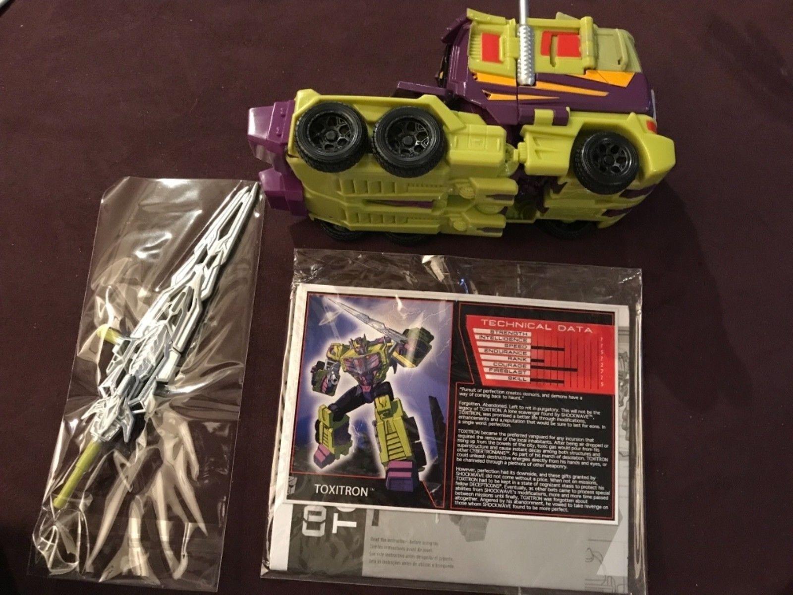Transformers Funpub TFCC TFSS Subscription 5.0 combiner wars toxitron