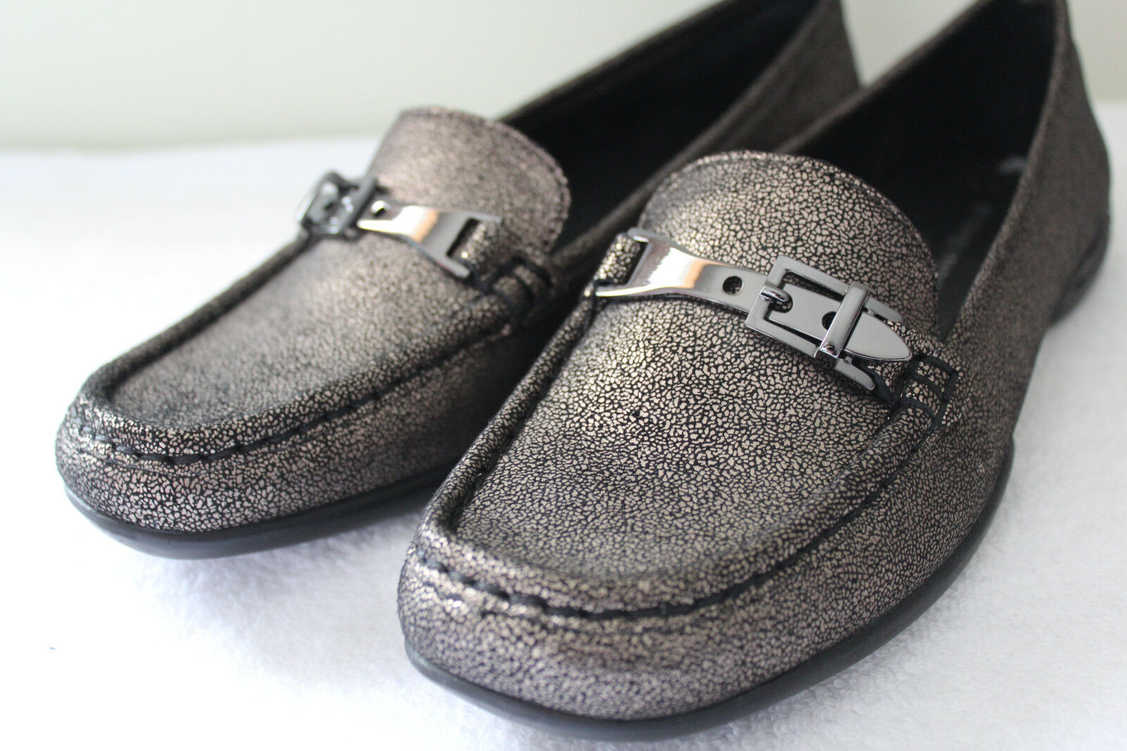 NEW! Donald J. Pliner Gorgeous VEEO Leather Metallic Flats Driving Loafers 6 M