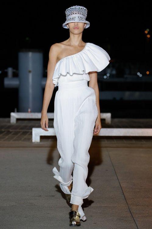 Nuevo con etiquetas Wanda Nylon Loly con volantes de un  hombro Top-blancoo Tipi 36 2  Más asequible