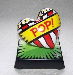 POP-ART-BURTON-MORRIS-LOVE-POP-GREEN