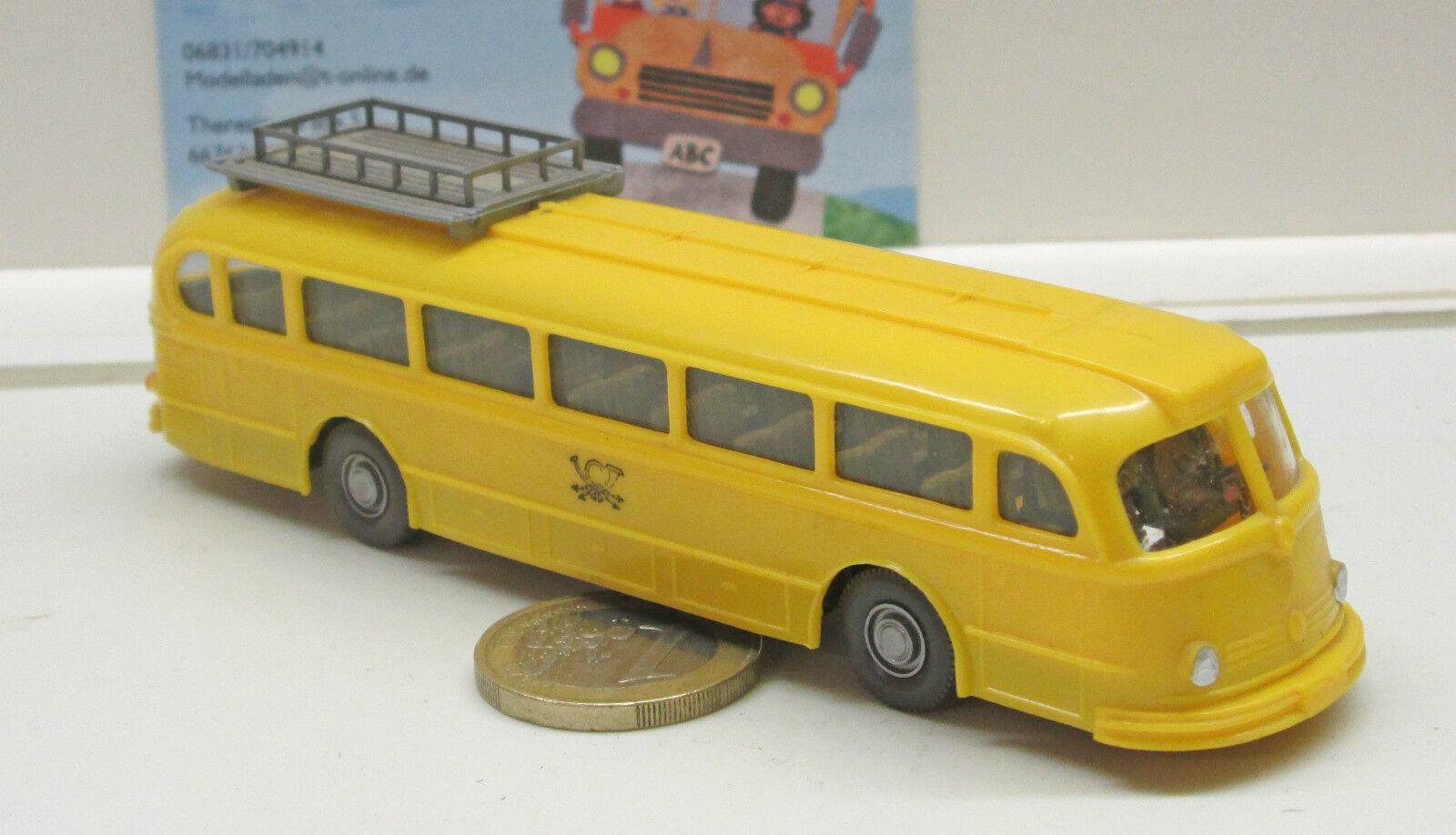 Wikiing 710   6 MB Pullman postal bus