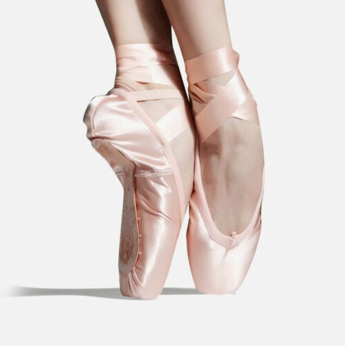 size 10//10.5 Brand new Pink Pointe Shoes