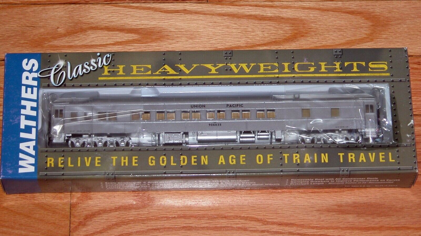 WALTHERS 932-10025 PULLMAN HEAVYWEIGHT 12-1 MAINTENANCE OF WAY UNION PACIFIC UP