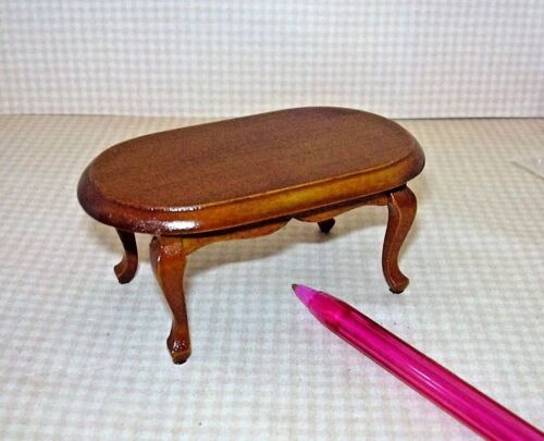 DOLLHOUSE Miniatures 1:12 Miniature Oval Walnut Coffee Table w//Cabriole Legs