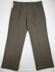 Dockers-Men-039-s-Classic-Fit-Signature-Khaki-Lux-Cotton-Stretch-Pants-Size-42x36