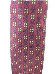 Hermes-Paris-Classic-Silk-7011-TA-Necktie-Red-Green-Yellow-Tie-I