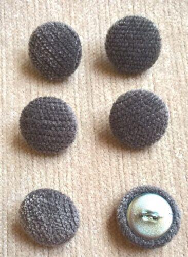 gris foncé Chenille Velours Carbone 30L//19mm recouvert de tissu boutons recouverts