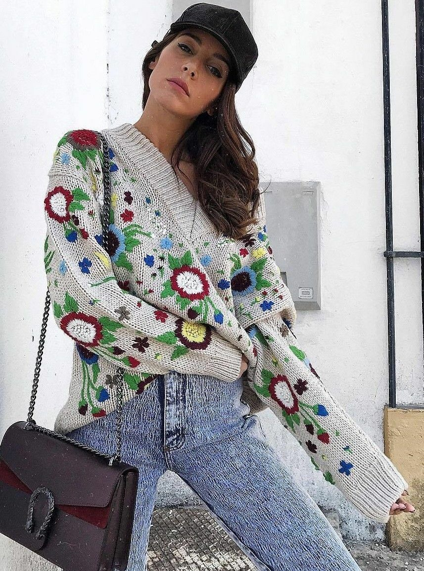 ZARA FLORAL EMBROIDERED EMBROIDERED EMBROIDERED SWEATER REF.7763 100 S BLOGGERS FAVORITE 3d4461