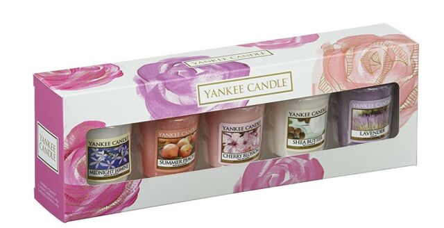Yankee Candle  5 Votive / Sampler Candles Gift Set - New 2018 Gift Pack
