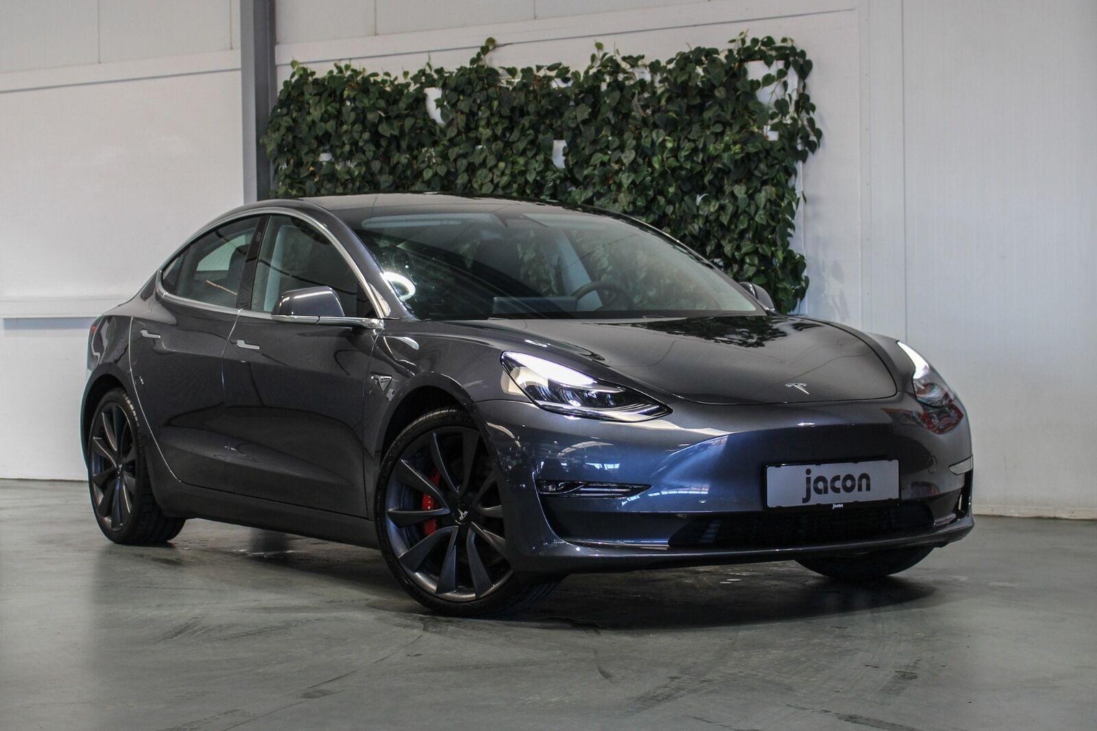 Tesla Model 3  Performance AWD 4d