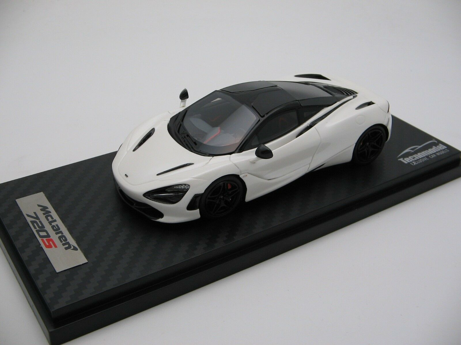 1 43 scale Tecnomodel McLaren 720S Pearl blanc 2017 T43-EX08B