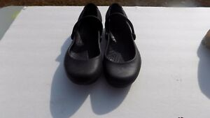 e307a0134f7a Women s Crocs Alice Work Black Flats Mary Janes US Size 6