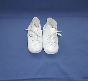 Stride Rite Girl White Shoes