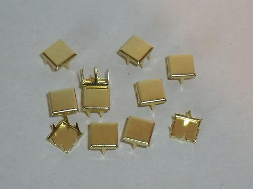 50 Stück quadratische Ziernieten Nieten Krallennieten 7x7 mm  gold NEU rostfrei