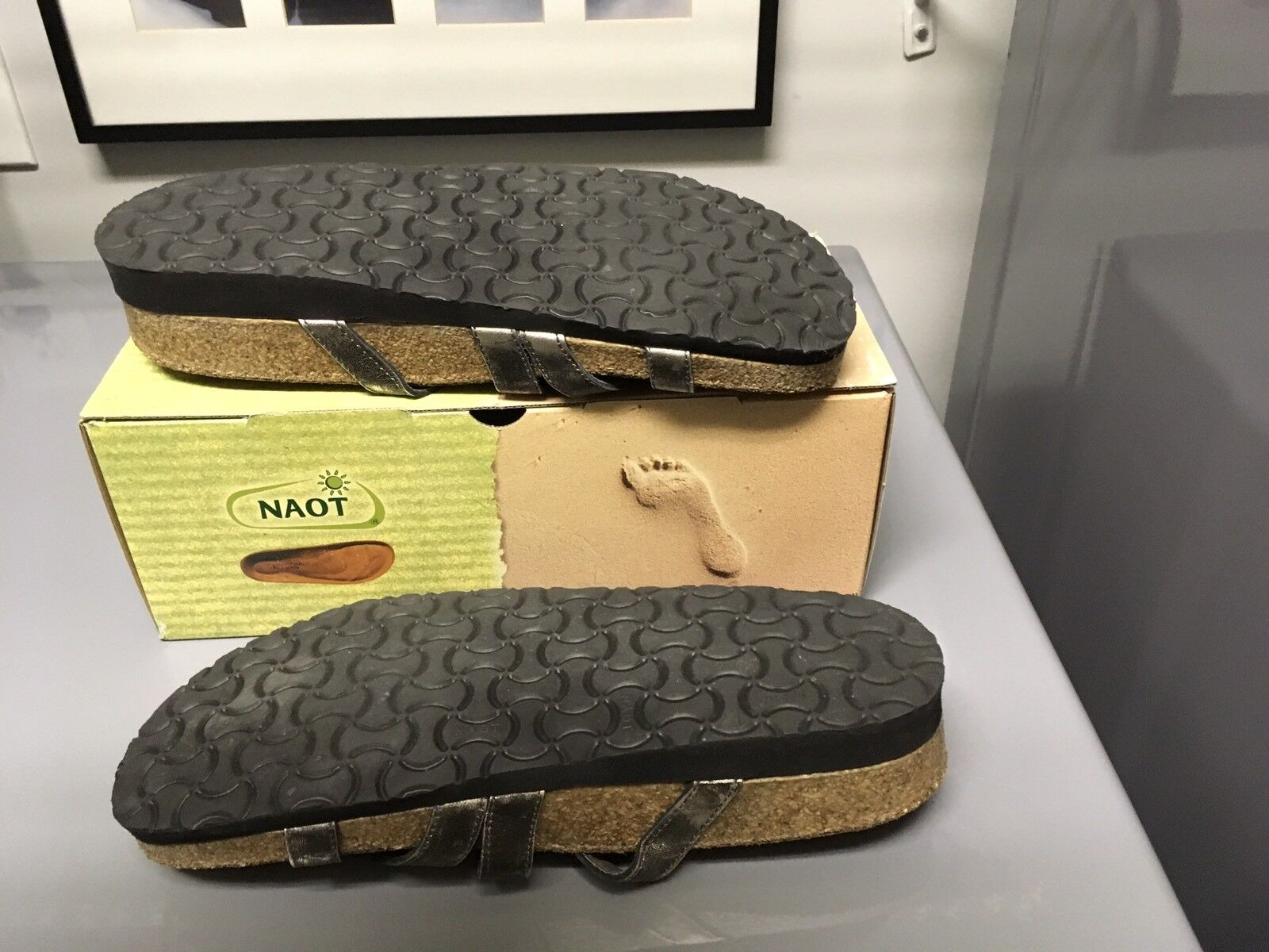 Naot Sarasota Sarasota Sarasota Metal Leather Sandal chaussures Slide 42 11  135 c6606c